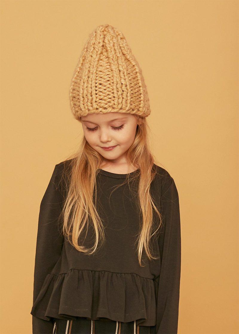 czapka beige