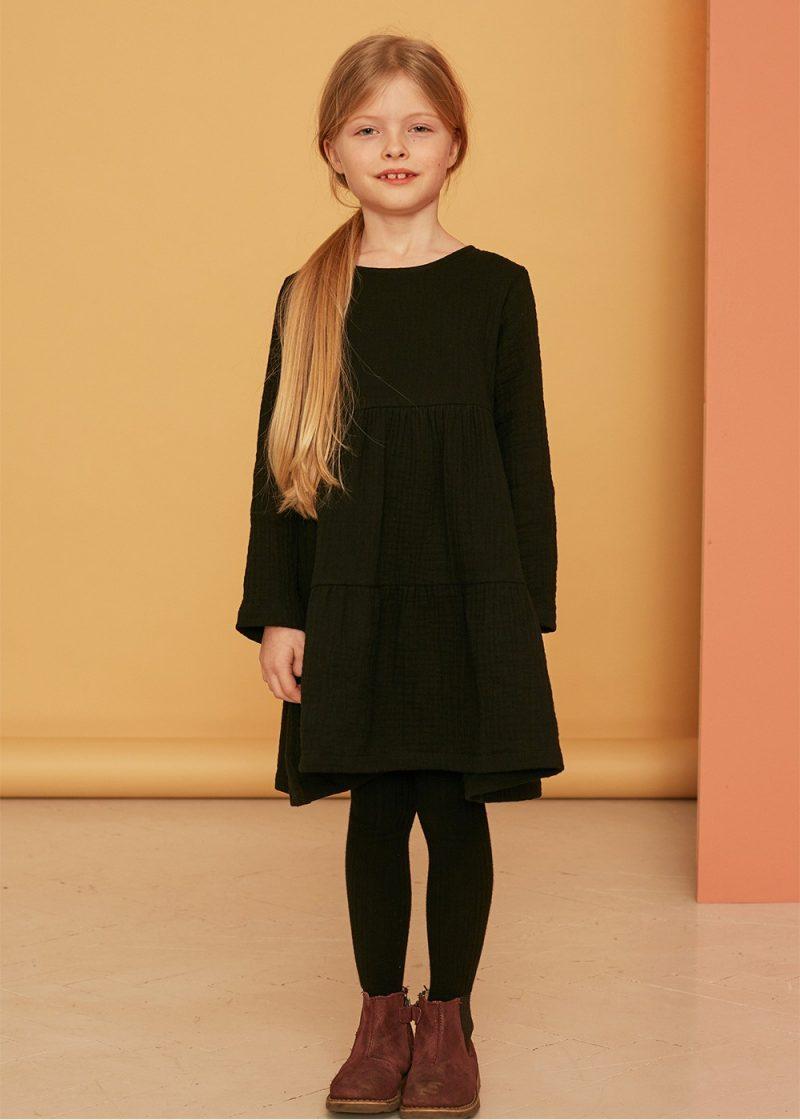 sukienka z falbanami carbon