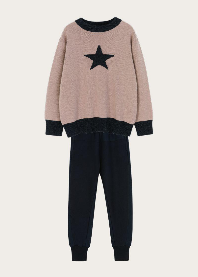 sweter z gwiazdą, sweter z recyklingu,eko-sweter